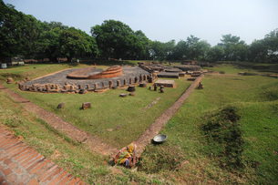 Remains of a Buddhist monastery at Lalitgiri archaeological site dating back to 1st century, Odisha,の写真素材 [FYI03799154]