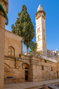 View of Mosque of Omar in Old City, Old City, UNESCO World Heritage Site, Jerusalem, Israel, Middleの写真素材 [FYI03799484]