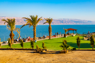 View of Dead Sea at Kalia Beach, Israel, Middle Eastの写真素材 [FYI03799502]