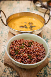 Traditional dish of red rice and chicken soup, Galle, South Coast, Sri Lanka, Asiaの写真素材 [FYI03799744]