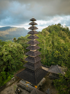 Aerial view of Pura Bukit Sangkan Gunung, Sidemen, Bali, Indonesia, Southeast Asia, Asiaの写真素材 [FYI03799809]