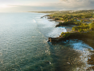 Aerial view from Tanah Lot Temple, Bali, Indonesia, Southeast Asia, Asiaの写真素材 [FYI03799815]