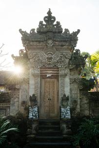 Ubud Palace, Ubud, Bali, Indonesia, Southeast Asia, Asiaの写真素材 [FYI03799820]