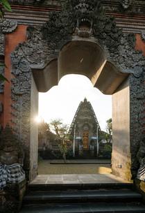 Pura Desa Ubud Water Palace, Ubud, Bali, Indonesia, Southeast Asia, Asiaの写真素材 [FYI03799821]