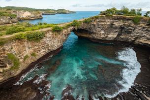 Broken Beach, Klungkung, Nusa Penida, Bali, Indonesia, Southeast Asia, Asiaの写真素材 [FYI03799852]