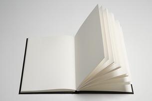 Blank bookの写真素材 [FYI03800154]