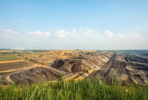 Opencast brown coal mine, Juchen, Germanyの写真素材 [FYI03801747]