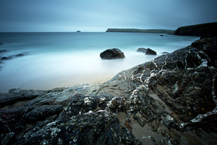 Greenaway Beach , North Cornwallの写真素材 [FYI03801986]