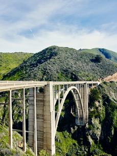 Bexby bridge on highway 1, Big Sur, California, USAの写真素材 [FYI03803632]