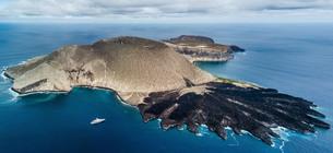 Volcanic crater and texture of San Benedicto Island, Punta Baja, Baja California, Mexicoの写真素材 [FYI03807679]