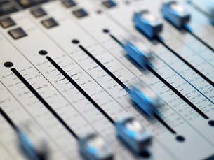 Mixing board  close-upの写真素材 [FYI03807771]