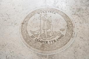 Seal of Virginia in Fort Bonifacio, Manila, Philippinesの写真素材 [FYI03808005]