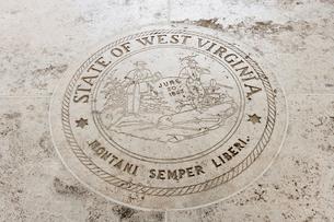 State Seal of West Virginia in Fort Bonifacio, Manila, Philippinesの写真素材 [FYI03808014]