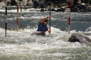 Whitewater kayakingの写真素材 [FYI03808048]