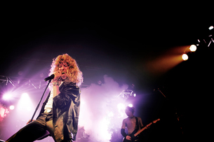 Rock Singer on Stage Performingの写真素材 [FYI03808224]