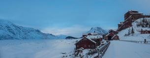Scenic view of copper mine buildings in Alaskaの写真素材 [FYI03809766]