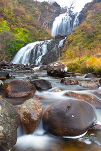 Flowerdale Falls, a waterfall near the village of Gairloch, Torridon, Scotlandの写真素材 [FYI03810993]