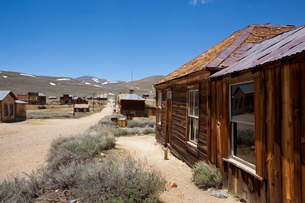 Dr. Street's house, Green Street, California gold mining ghost town of Bodie, Bodie State Historic Pの写真素材 [FYI03811169]