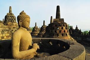 Borobodur, Kedu Plain, Java, Indonesia, Southeast Asiaの写真素材 [FYI03811722]