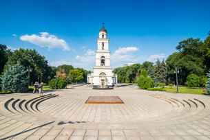Bell tower before the Nativity cathedral in the center of Chisinau capital of Moldova, Eastern Europの写真素材 [FYI03812186]