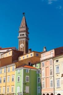 Church of St. George, Tartinijev trg (Tartini Square), Old Town, Piran, Primorska, Slovenian Istria,の写真素材 [FYI03812236]