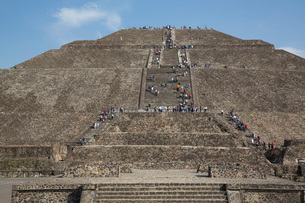Pyramid of the Sun, Teotihuacan Archaeological Zone, UNESCO World Heritage Site, State of Mexico, Meの写真素材 [FYI03812770]
