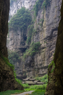 Three Natural Bridges of the Wulong Karst geological park, UNESCO World Heritage Site in Wulong counの写真素材 [FYI03812779]