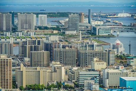 カレッタ汐留の展望台から見える東京の街並みの写真素材 [FYI03813884]