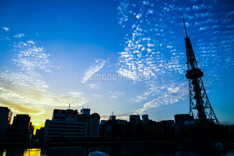 名古屋テレビ塔と夕景の写真素材 [FYI03813969]