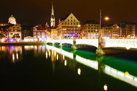 スイス・チューリッヒの街並みの写真素材 [FYI03814080]
