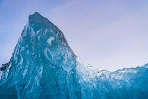 アイスランド・氷の洞窟(ヴァトナヨークトル)の写真素材 [FYI03814159]