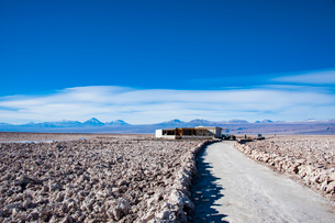 世界第二の塩湖:アタカマ塩湖(チリ)の写真素材 [FYI03814335]