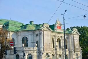 ラトビア・首都リガ旧市街にあるラトビア国立劇場の写真素材 [FYI03814668]
