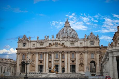 バチカン市国 サン・ピエトロ大聖堂の写真素材 [FYI03814709]