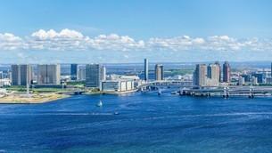 東京ベイエリア(芝浦から東京ゲートブリッジ方向)の写真素材 [FYI03815276]