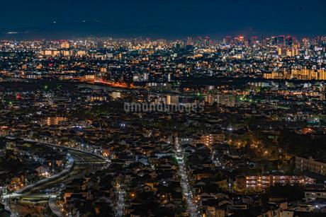 甲山森林公園展望台からの夜景の写真素材 [FYI03817926]