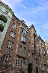 ラトビア・首都リガ新市街にある中世風の建物の写真素材 [FYI03818066]