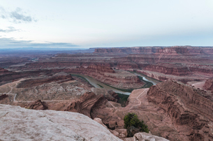 High angle tranquil view of rock formations at Dead Horse Point State Parkの写真素材 [FYI03819437]