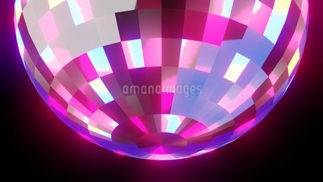 Disco ball on black backgroundのイラスト素材 [FYI03821134]