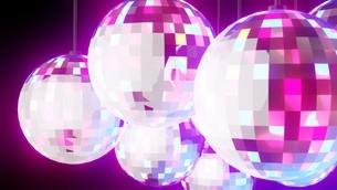 Disco balls on black backgroundのイラスト素材 [FYI03821136]