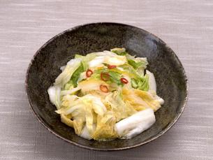 白菜の浅漬けの写真素材 [FYI03821610]