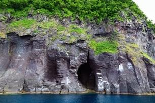 観光船から望む知床半島の写真素材 [FYI03822217]