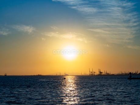 夕日の写真素材 [FYI03823320]
