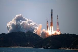 ロケット打ち上げ 種子島の写真素材 [FYI03823537]