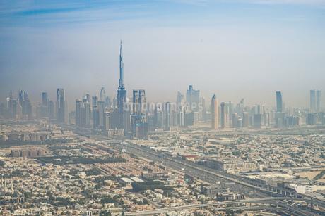 ドバイ(アラブ首長国連邦)の都市風景の写真素材 [FYI03824514]