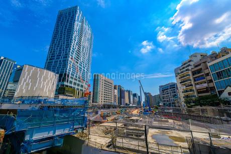 新宿の都市開発とビル群の写真素材 [FYI03824798]