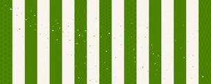 緑白の縦縞背景 伝統模様入り(和紙テクスチャ)のイラスト素材 [FYI03825211]