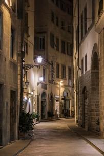 イタリア、フィレンツェ旧市街の写真素材 [FYI03825370]