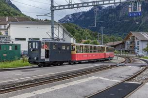 スイスの登山鉄道、シーニゲ・プラッテ鉄道の写真素材 [FYI03825505]