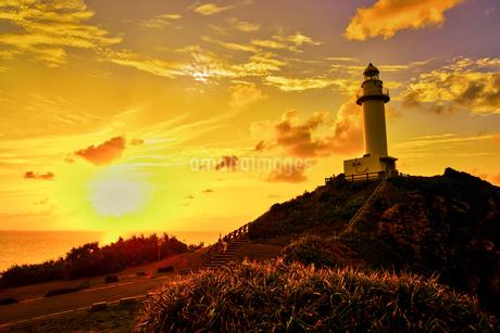 御神岬の夕焼けの写真素材 [FYI03826143]